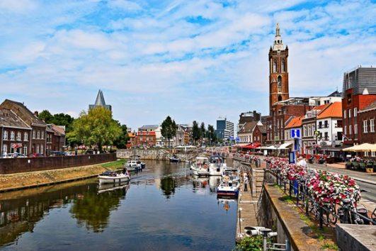 Fietsen Maas en Roer Nederland Christelijke groepsreis Amarant